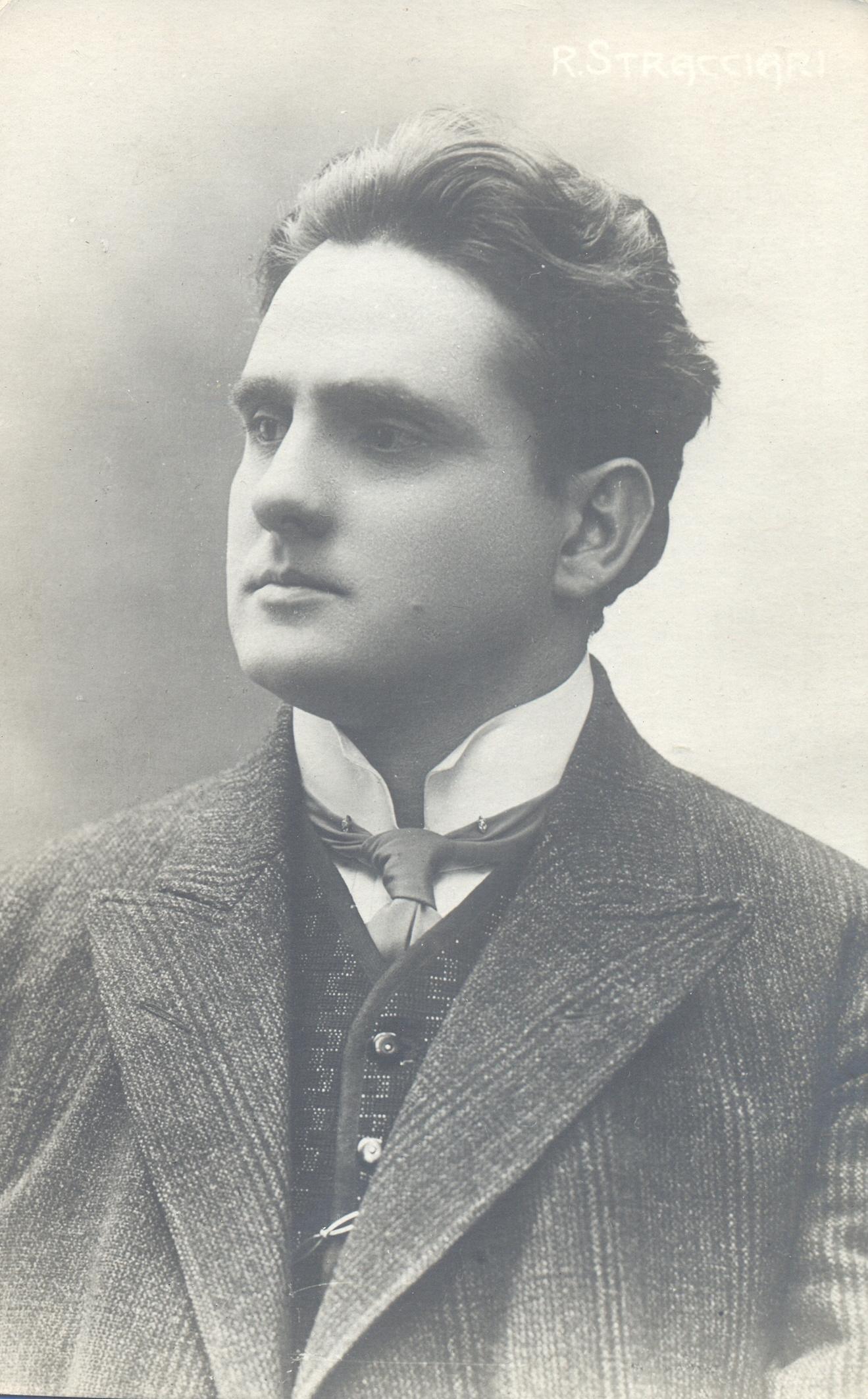 Riccardo Stracciari in una cartolina degli anni '20 (Collezione M. Neri)