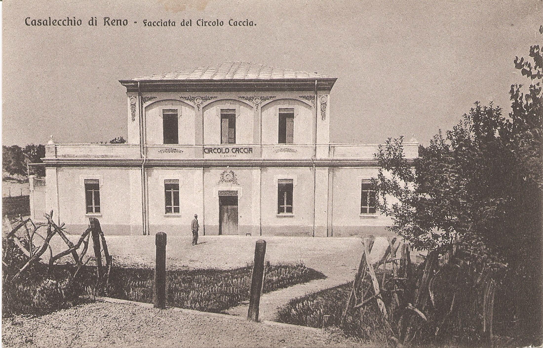 Circolo della Caccia, lo stand del Tiro a volo (Archivio fotografico Biblioteca C. Pavese)