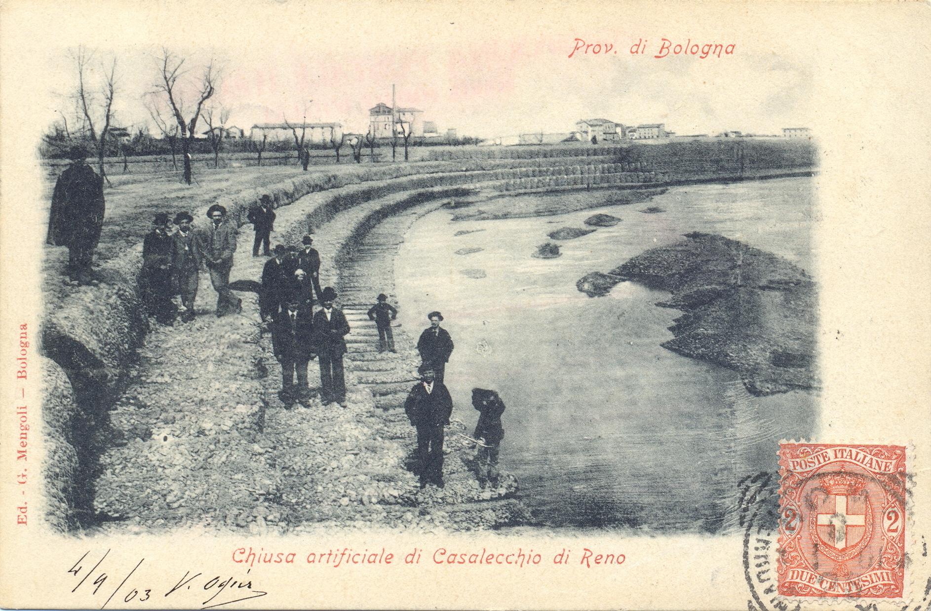 Sopralluogo degli ingegneri durante i lavori di chiusura della rotta (Archivio fotografico Biblioteca C.Pavese)