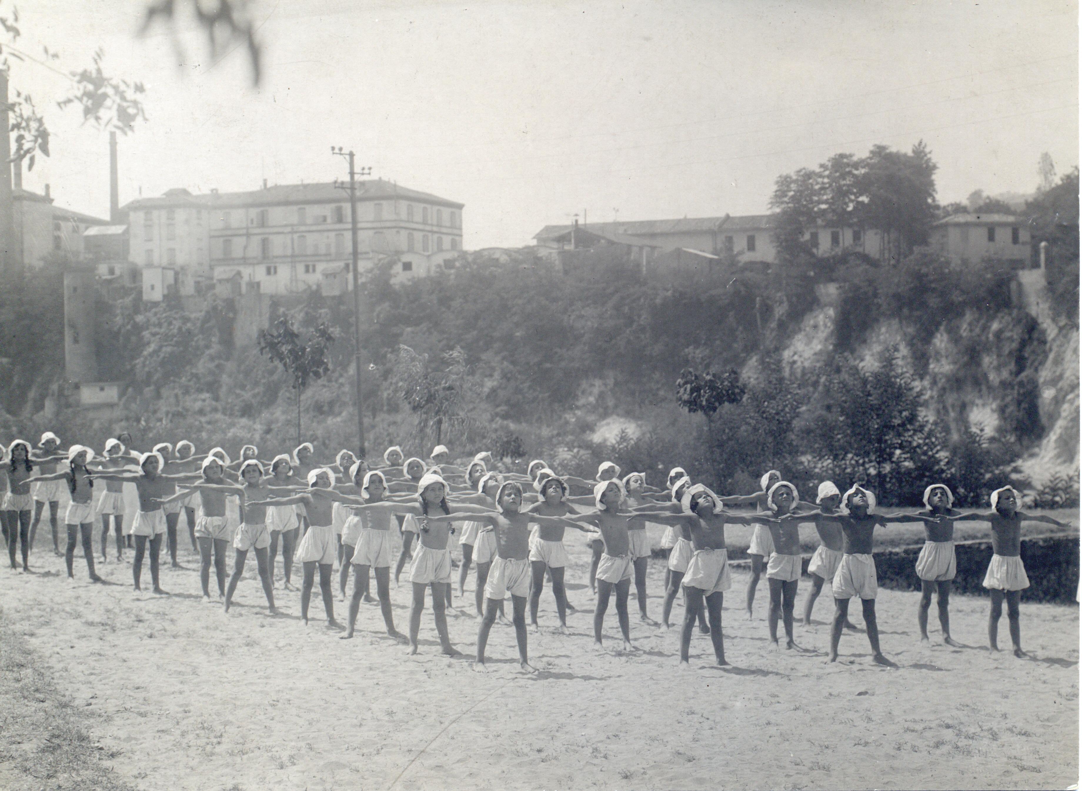 Casa del Sole, anni '30, ginnastica respiratoria